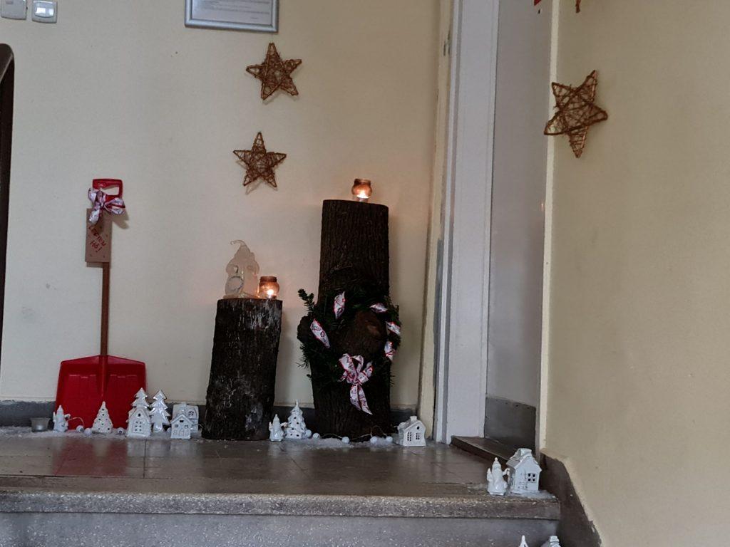 Lépcsőház karácsonykor